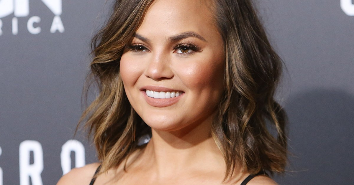 Chrissy Teigen Finally Saw 'Crazy Rich Asians' And The Reviews Are In