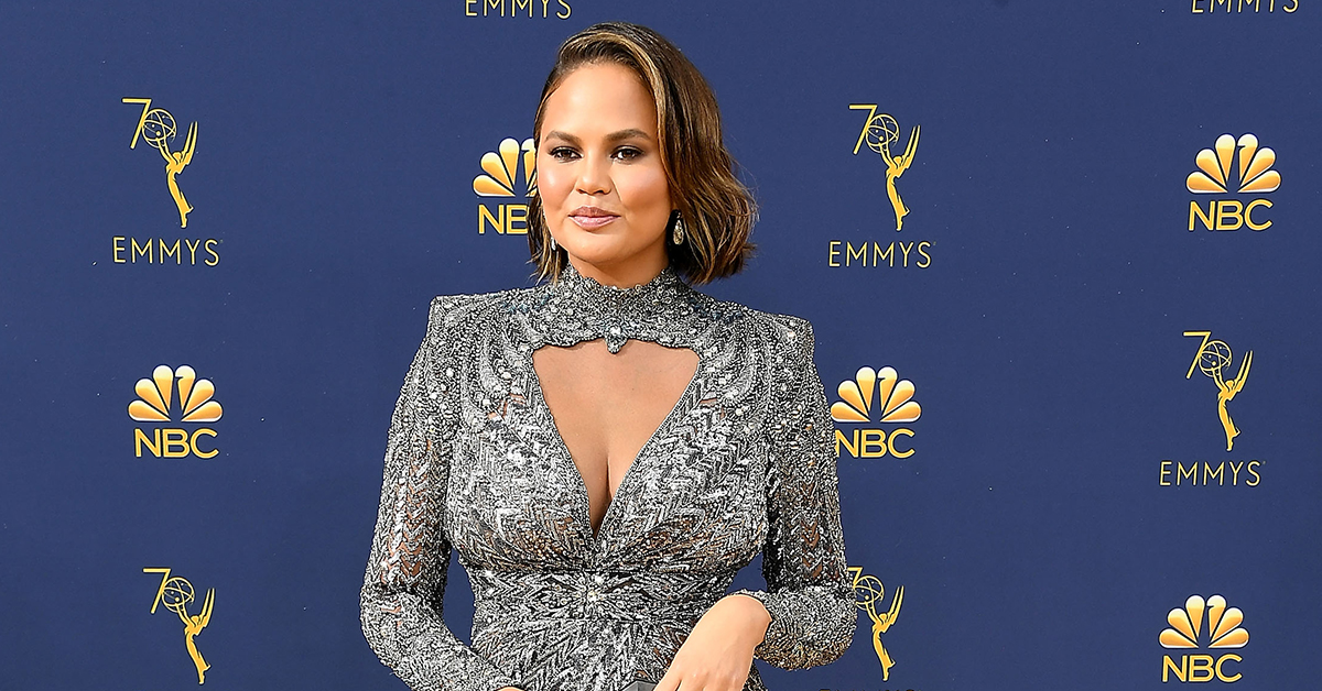 Fans Are Supporting Chrissy Teigen After A Troll Fat-Shamed Her At The Emmys