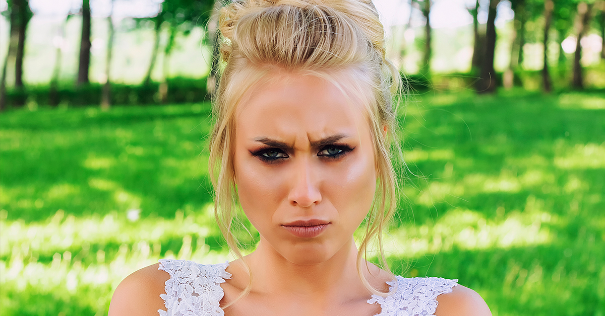 Bridezilla Has Batsh*t Meltdown Because Guests Can't Attend Her $3,000 Destination Wedding