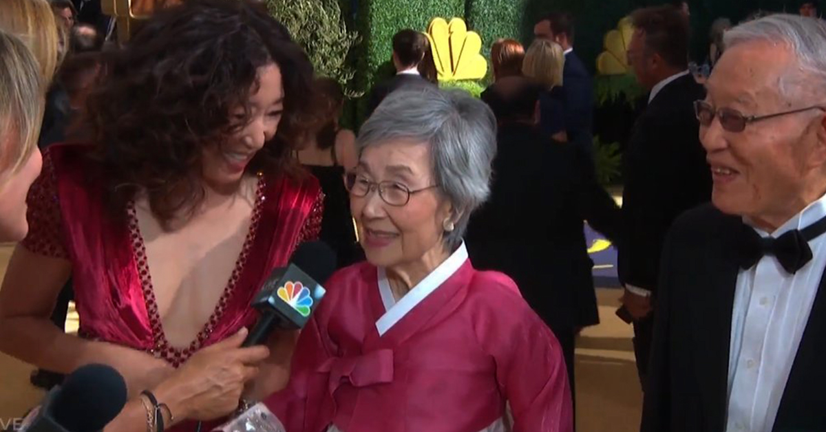 The Internet Is Melting Over Sandra Oh Bringing Her Adorable Parents To The Emmys